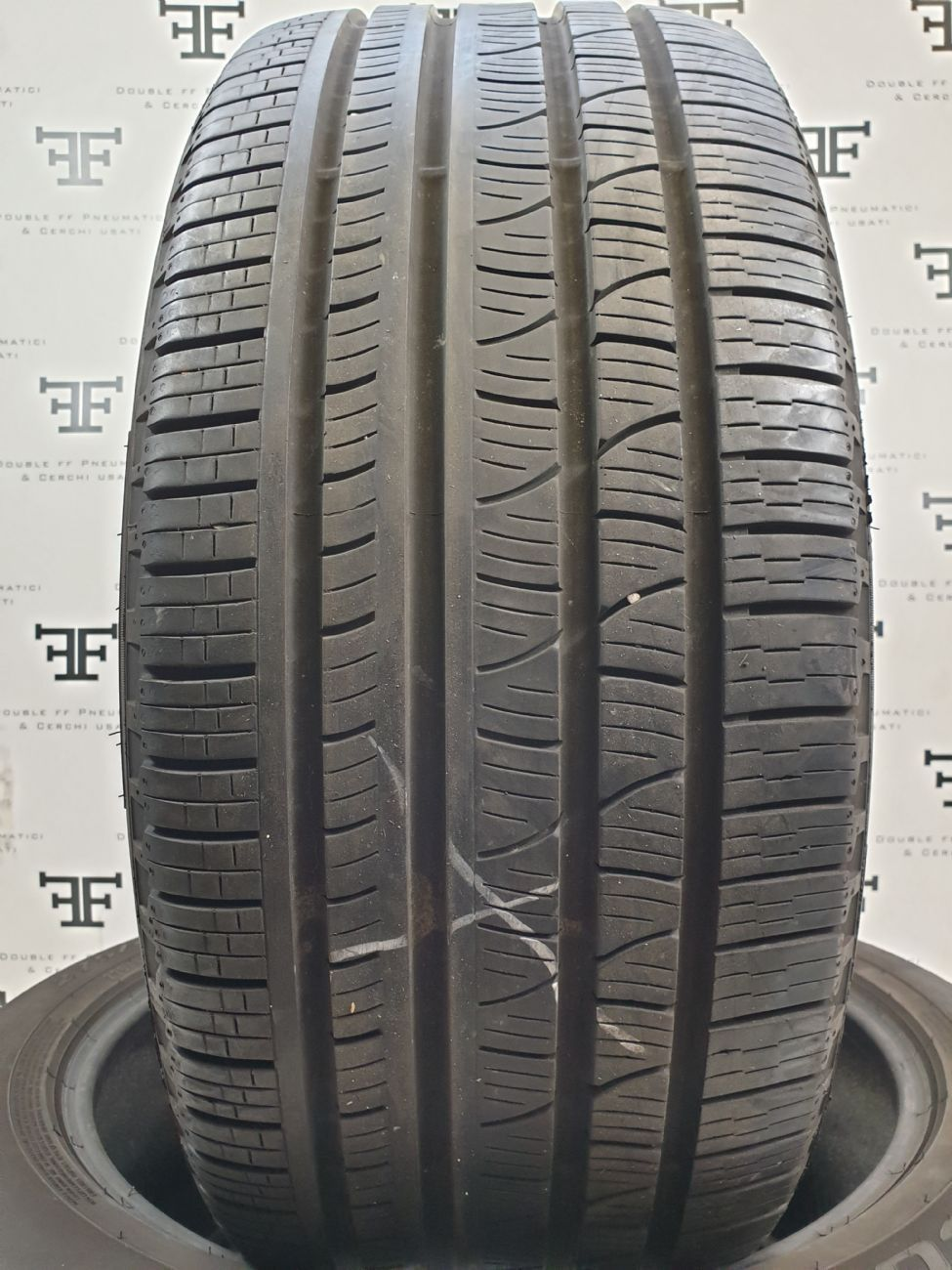 Pneumatici 255 55 R20 110 Y PIRELLI SCORPION VERDE ALL SEAS 4 seasons usati 210€