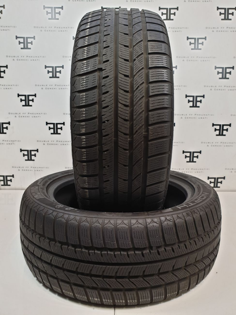 215/55 R16 97 V MOMO NORTH POLE W2