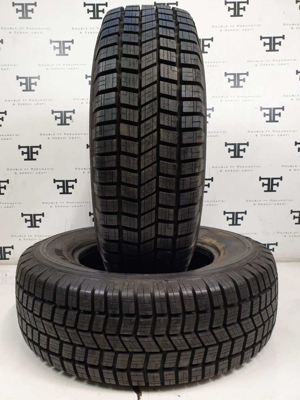 235/70 R16 105 H MICHELIN 4x4 RADIAL X DEMONTE