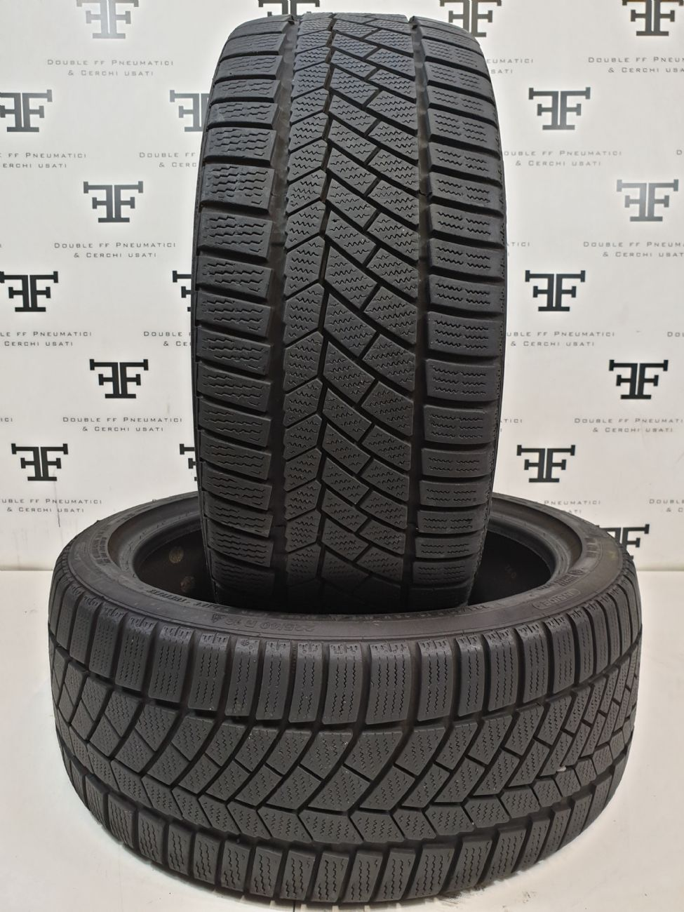 Pneumatici 225 40 R18 92 V CONTINENTAL CONTIWINTERCONTACT TS830P invernale RUNFLAT usati 150€