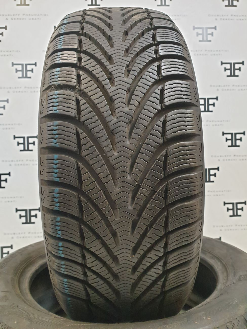 Pneumatici 205 55 R16 91 H BF GOODRICH G FORCE WINTER invernale DEMONTÉ usati 100€